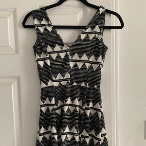 H&M or H and M Aztec Tribal Skater Dress Sz xs
